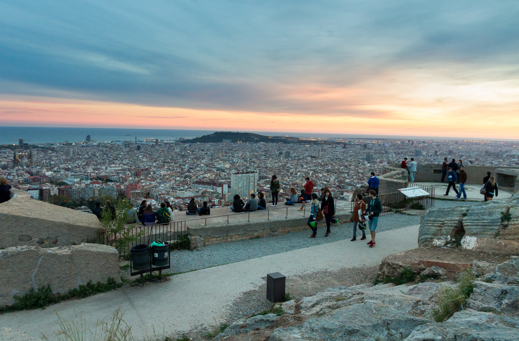 Top 6 Parks in Barcelona - View over the roofs of Barcelona from Búnqueres de Carmel